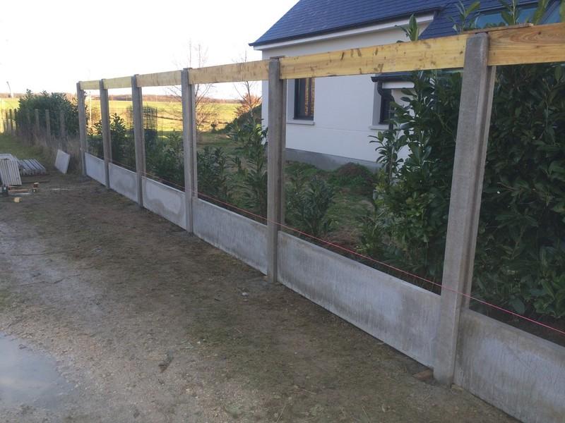 Les jardiniers paysagistes nos r alisations - Poser une cloture beton ...